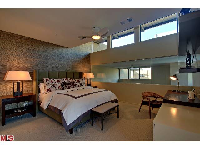 48 @ arenas condos for sale in Palm Springs, CA