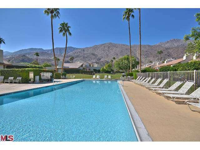 Palm Springs Luxury Condo with views