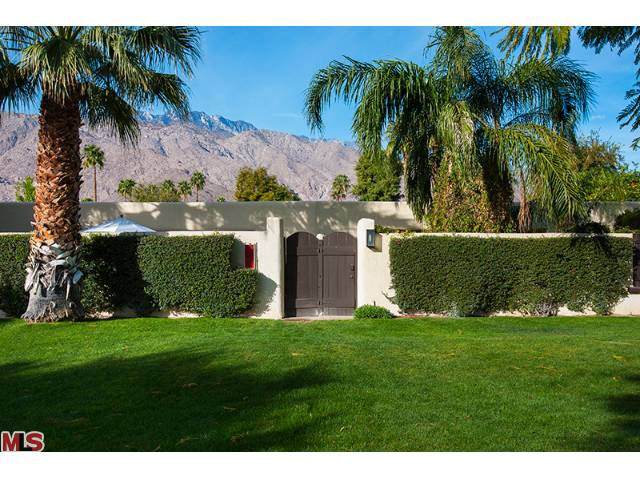 Central Palm Springs Greenhouse Condos for sale