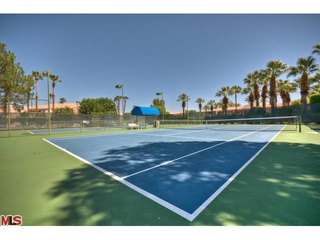 deauville palm springs tennis courts for residents