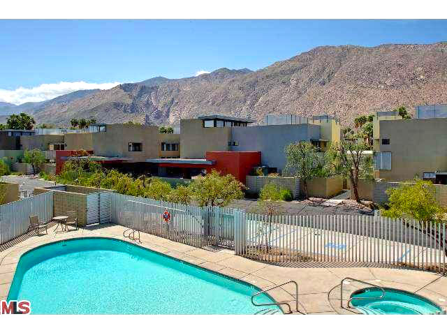 Luxury Modern Condo for sale in Palm Springs