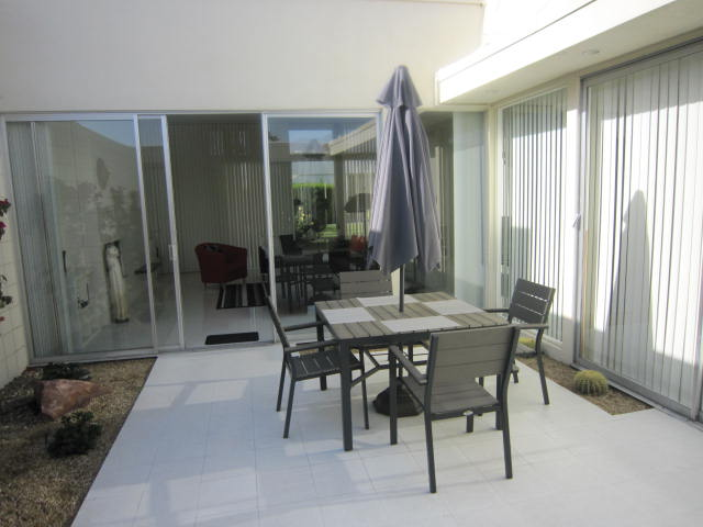 Country Club Estates condo for sale - patio