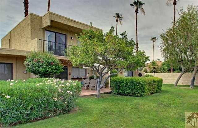 Palm Springs condo for sale at Villa de la Flores - Rear view of unit