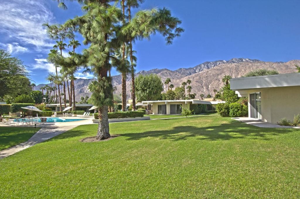 Villa Riviera Condos - Palm Springs