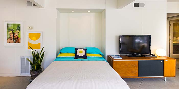 Turnkey Furnished Unit At The Racquet Club Garden Villas