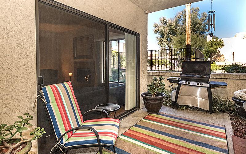 Private patio at 754 Violeta