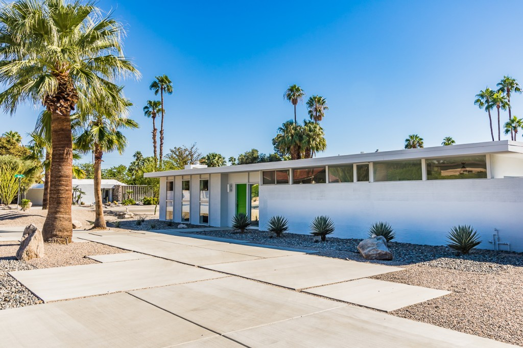 Palm springs ca real estate report for may 2016 for Property in palm springs